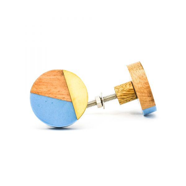DSC 0461 Blue resin brass and wood trio knob 600x600 - Round Blue Trio Knob