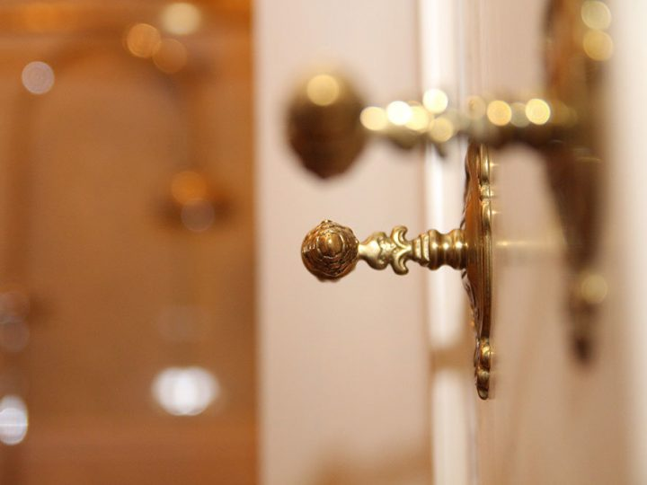 High-Impact Opening Statements: Beautify Your Cabinetry With Stylish Knobs, Pulls and Handles