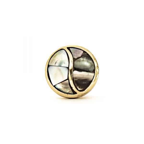 Black Pearled Yang Knob