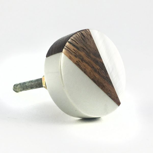 Round Wood Grey and pearl resin knob 1 600x600 - Round Wood Wedge Trio Knob