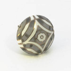 Grey white and gold diamond print with with centre flower7 300x300 - Grey Diamond Print Knob