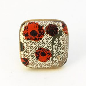 Square red poppy knob1 300x300 - Square Red Poppy Ceramic Knob