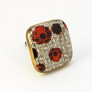 Square red poppy knob2 300x300 - Square Red Poppy Ceramic Knob