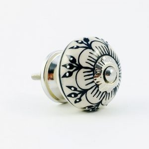 black spring flower knob 7 300x300 - Black Detailed Spring Flower Knob