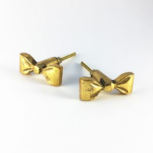 Gold iron bow knob 1 300x300 - Make Your Child's Room Magical with Small, Striking Details