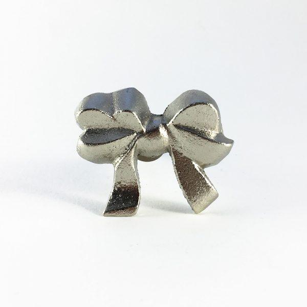 Silver iron bow knob 3 600x600 - Silver Ribbon Bow Knob