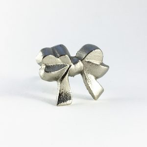 Silver Ribbon Bow Knob