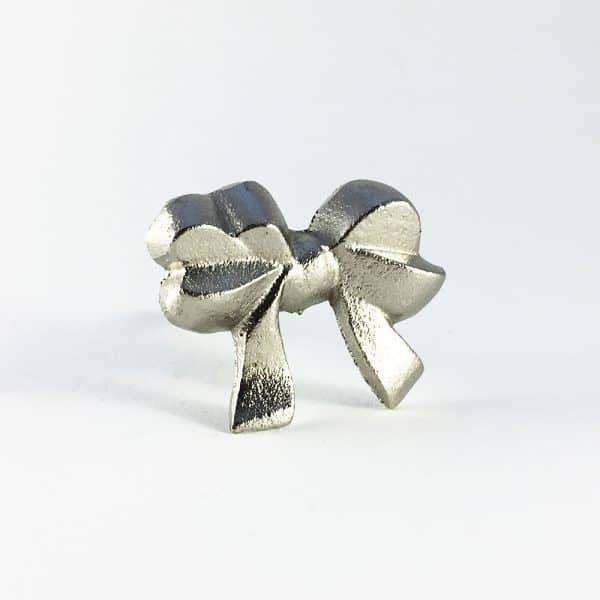 Silver iron bow knob 7 600x600 - Silver Ribbon Bow Knob