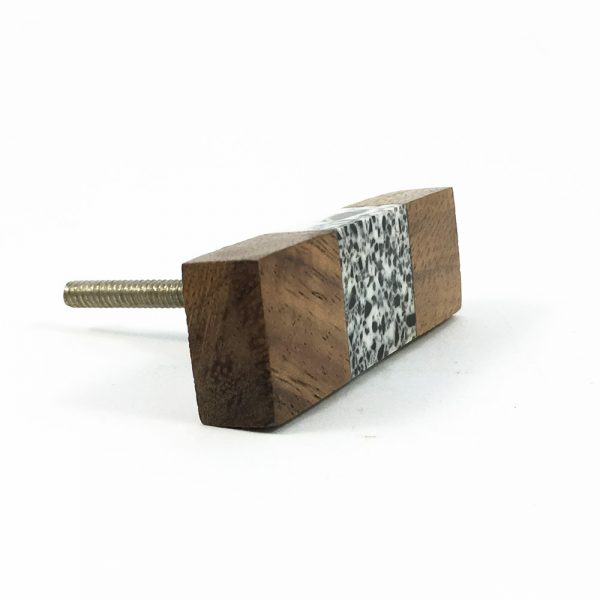Wood and speckled resin knob 10 600x600 - Speckled Wood and Resin Pull Bar Knob