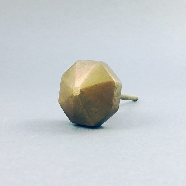 antique gold octagon prism knob 13 600x600 - Antique Gold Octagon Prism Knob