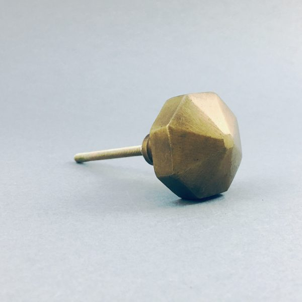 antique gold octagon prism knob 5 600x600 - Antique Gold Octagon Prism Knob