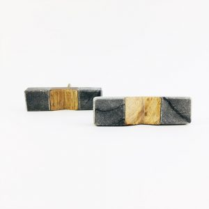 grey marble and wood pull 1 300x300 - Wedged Grey Marble and Wood Pull Bar