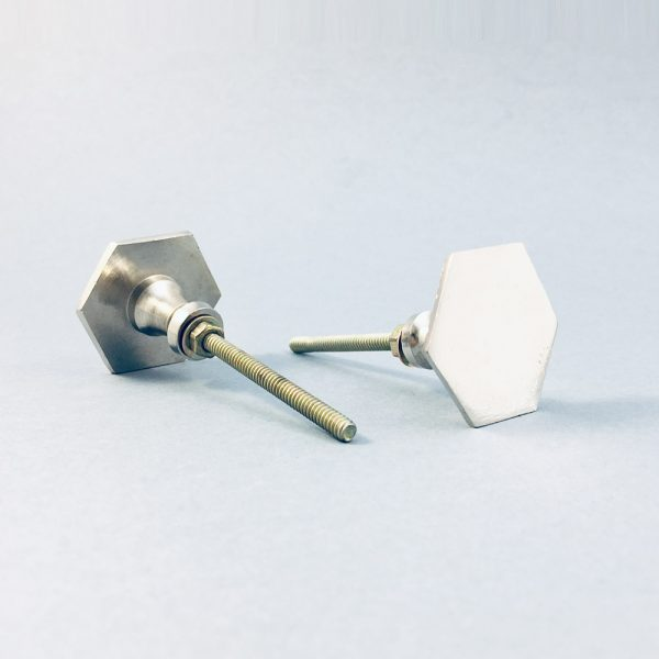 silver iron slimline hexagon knob 1 600x600 - Silver Slimline Hexagon Knob