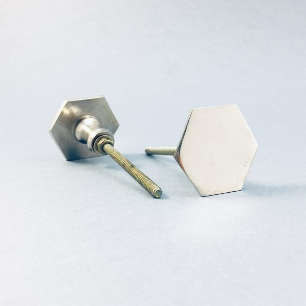silver iron slimline hexagon knob 2 600x600 - Silver Slimline Hexagon Knob