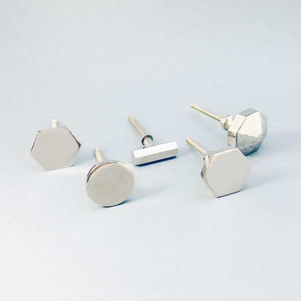 silveri ron group 2 600x600 - Silver Slimline Hexagon Knob