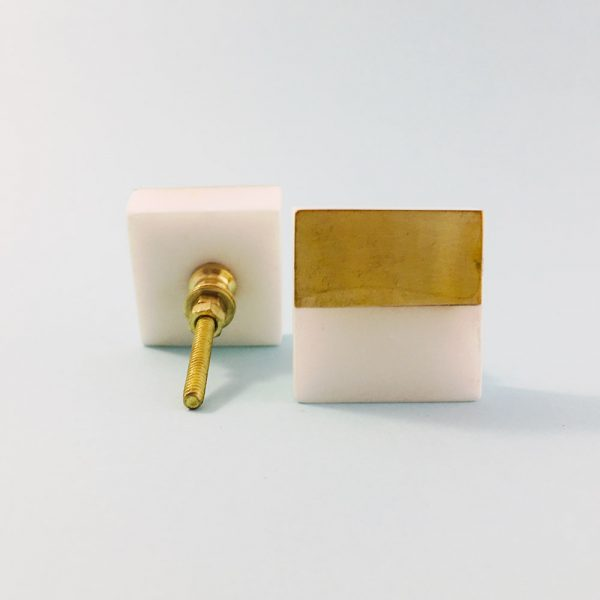 white marble and brass square splicer knob 1 600x600 - White Marble and Brass Square Splicer Knob
