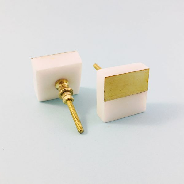 white marble and brass square splicer knob 2 600x600 - White Marble and Brass Square Splicer Knob
