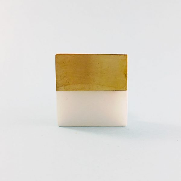white marble and brass square splicer knob 3 600x600 - White Marble and Brass Square Splicer Knob