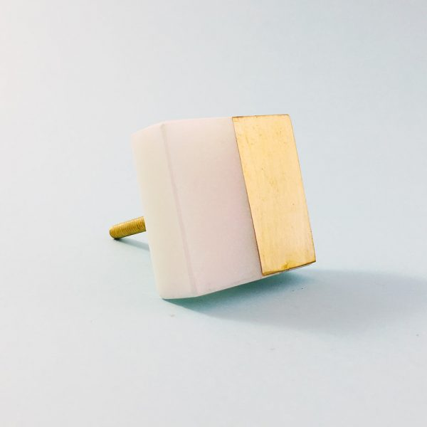 white marble and brass square splicer knob 7 600x600 - White Marble and Brass Square Splicer Knob