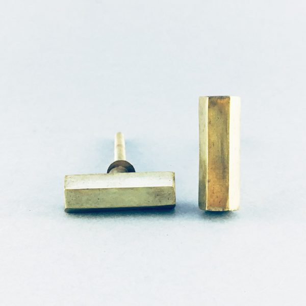 gold iron hexagon tbar pull 3 600x600 - Polished Gold Hexagon T-Bar Pull