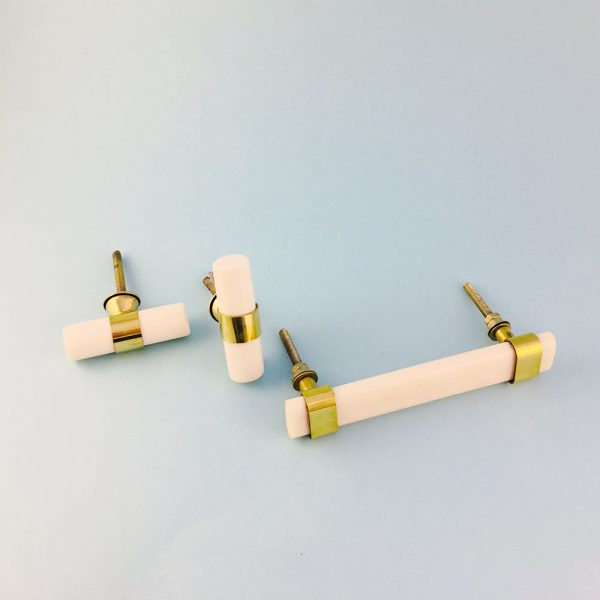 group resin and brass handles 3 600x600 - Creamy White Resin and Brass Handle