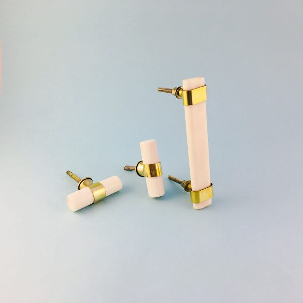group resin and brass handles 4 600x600 - Creamy White Resin and Brass Handle