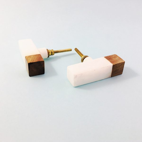 white marble and wood tipped tpull 3 600x600 - White Marble and Wood Tip Pull Bar