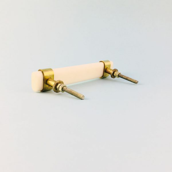 white resin and brass handle 10 600x600 - Creamy White Resin and Brass Handle