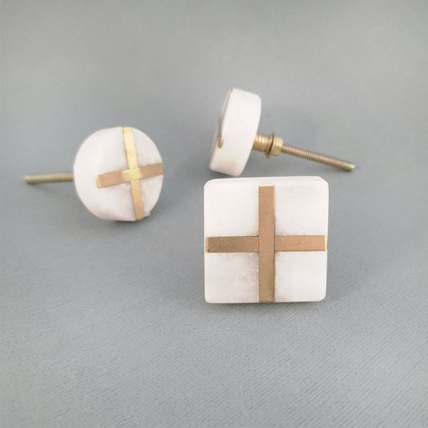 group white marble and brass cross 1 600x600 - White Square Marble and Brass Intercross Knob
