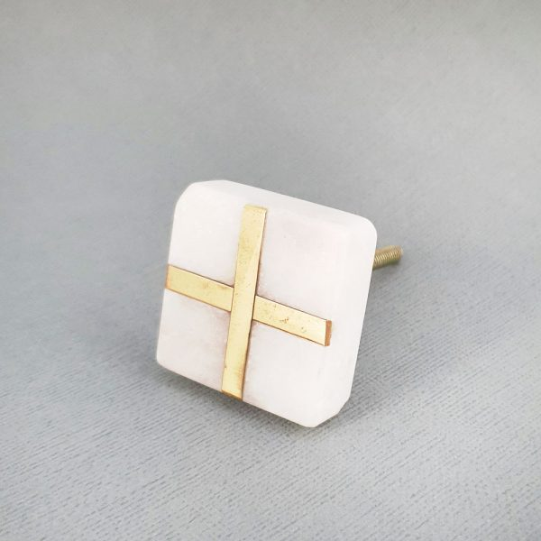 square white marble and brass cross knob 9 600x600 - White Square Marble and Brass Intercross Knob
