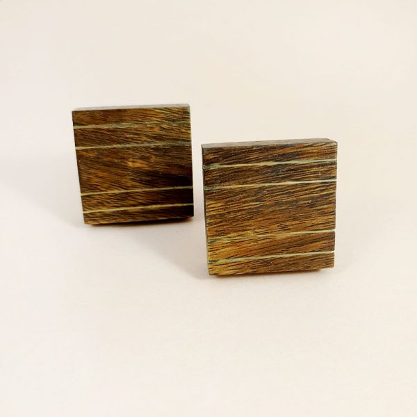 square wood and brass line detail knob 1 600x600 - Square Wood and Brass Lined Knob
