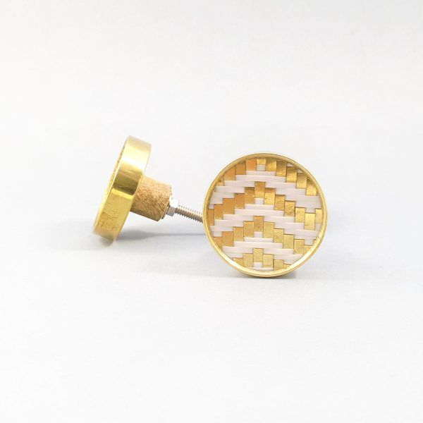 White and gold basket weave knob 1 600x600 - White and Gold Basket Weave Knob