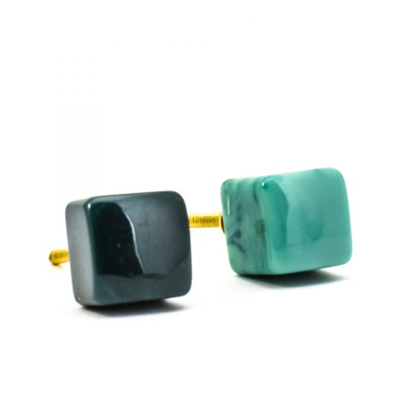 DSC 0278 Square dark green resin pull 600x600 - Turquoise Cubed Knob