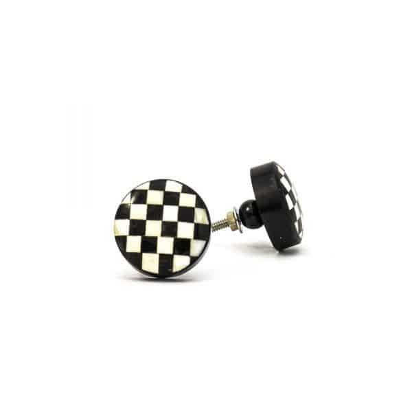 DSC 0304 Black and white checkered knob 600x600 - Black and White Checkered Knob