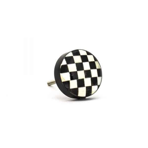 DSC 0306 Black and white checkered knob 600x600 - Black and White Checkered Knob