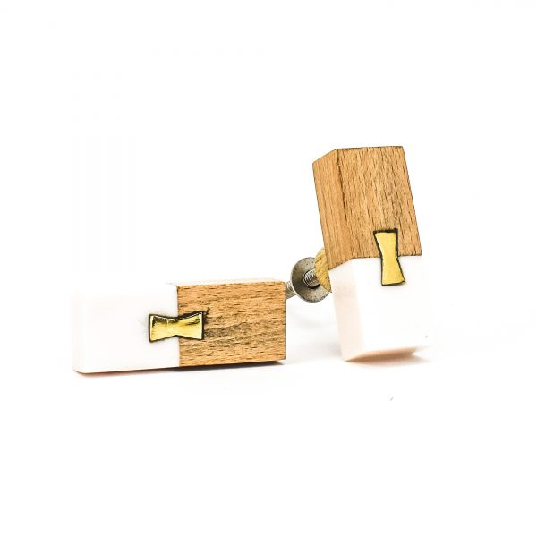 DSC 0581 Rectangle split wood and white marble pull 600x600 - Rectangle Resin and Wood Duo Knob