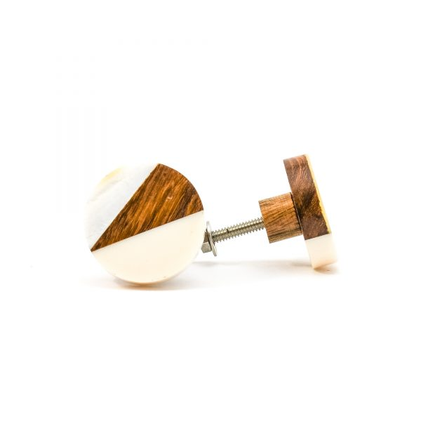 DSC 0330Trio splicer knob 600x600 - Round Cream Wood Wedge Trio Knob