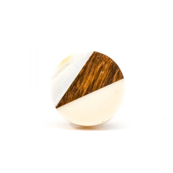 DSC 0333Trio splicer knob 600x600 - Round Cream Wood Wedge Trio Knob