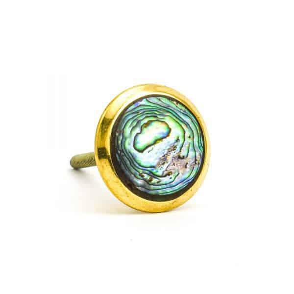 DSC 1001 Round brass 600x600 - Green Shell Brass Knob