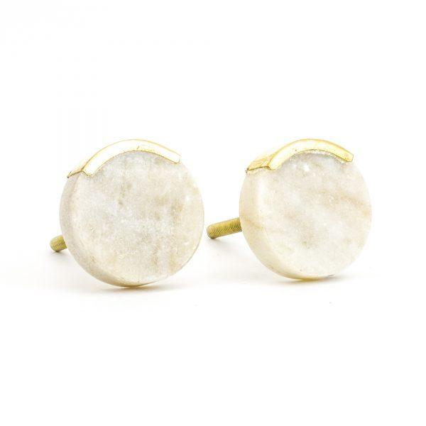 DSC 1060 Round white 600x600 - Sandstone Circle Knob with Brass Trim