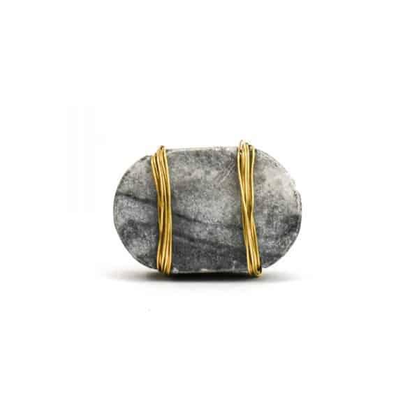 DSC 1100 Oval grey m 1 600x600 - Metal Wrapped Grey Marble Knob
