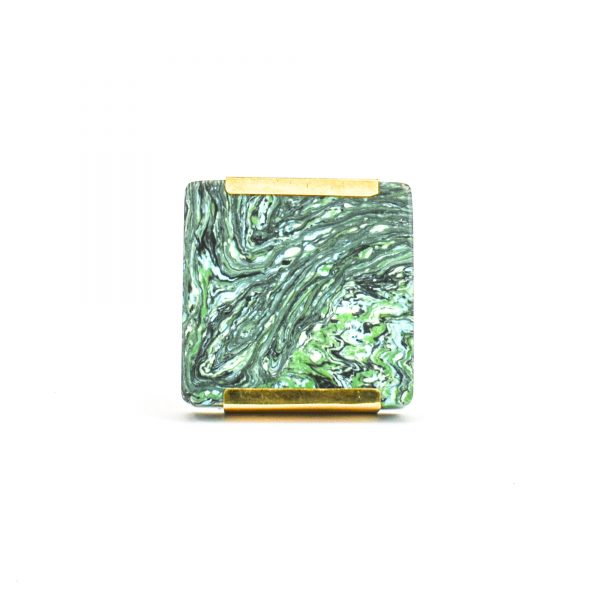 DSC 1224 Square gree 600x600 - Square Forrest Knob with Brass Trim