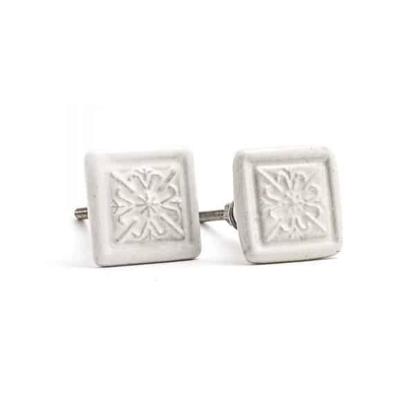 White Pattern Tiled Knob